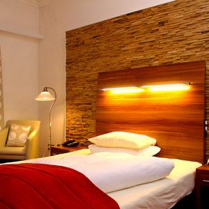 Genießen Sie Ihren Aufenthalt im Hotel Almrausch.