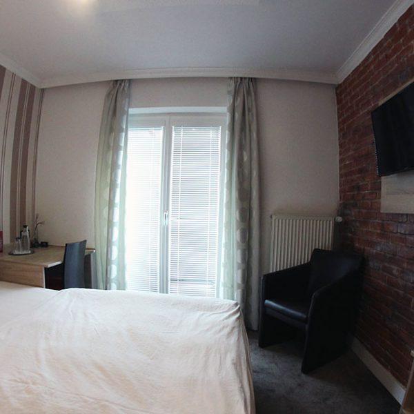 Hotel Almrausch in Bad Reichenhall - Ihr 3 Sterne Hotel im Süden Bayerns - Zimmer Einzelzimmer 21 im Rosenhaus Innenaufnahme